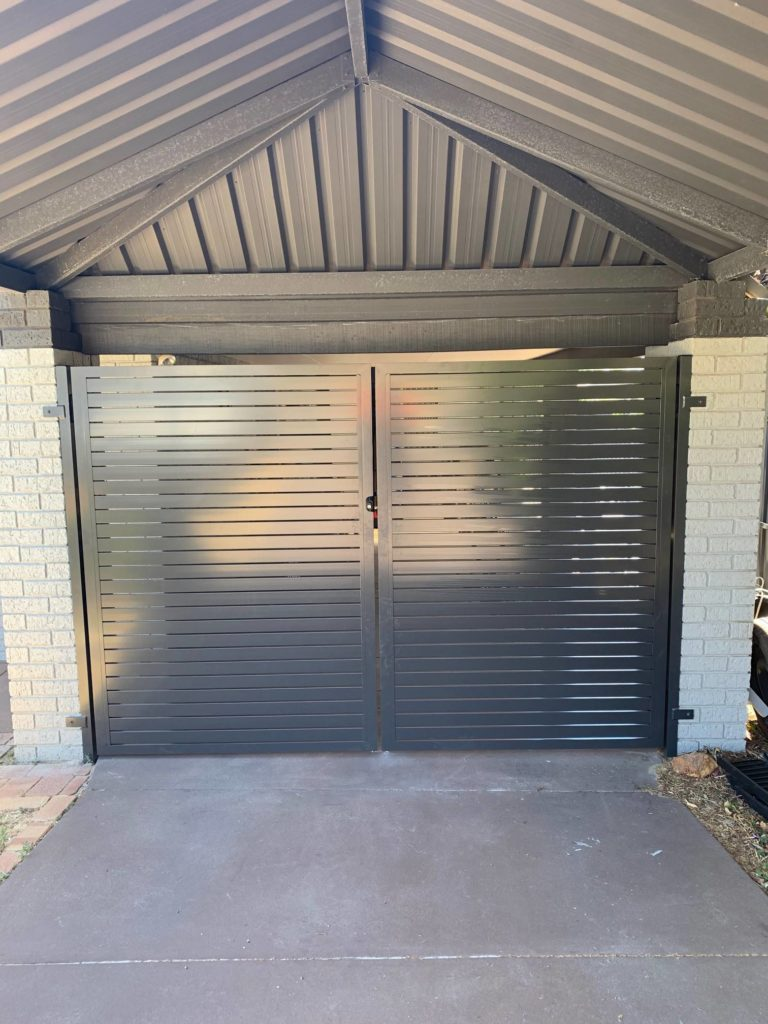 Aluminium Slat Double Gates in Heathridge