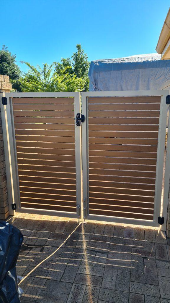 Double Slat Gate in Mullaloo